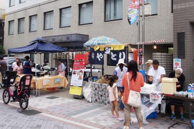 武蔵小杉法政通りイベント「ストリートライブ&夜みこし」 炭火焼鳥わいわい屋台出店